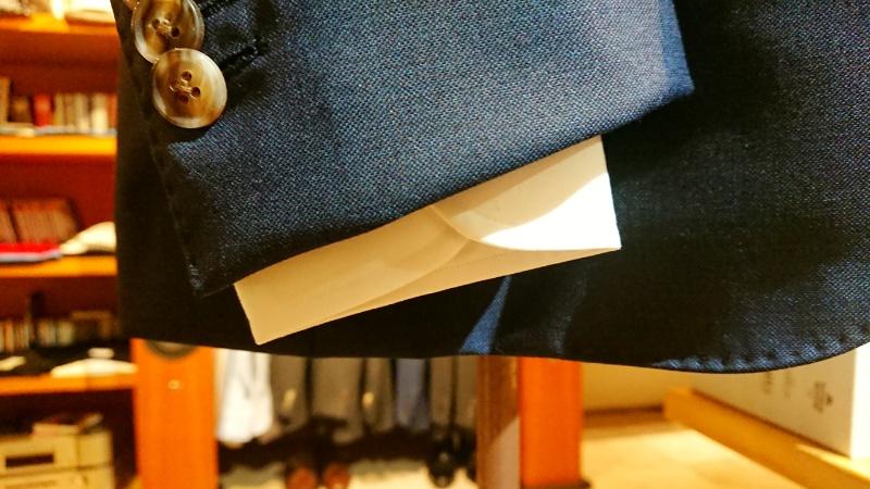 シャツとジャケットのバランス